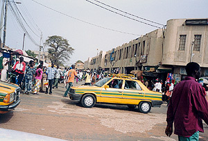 Around the Serrekunda market, march  2003